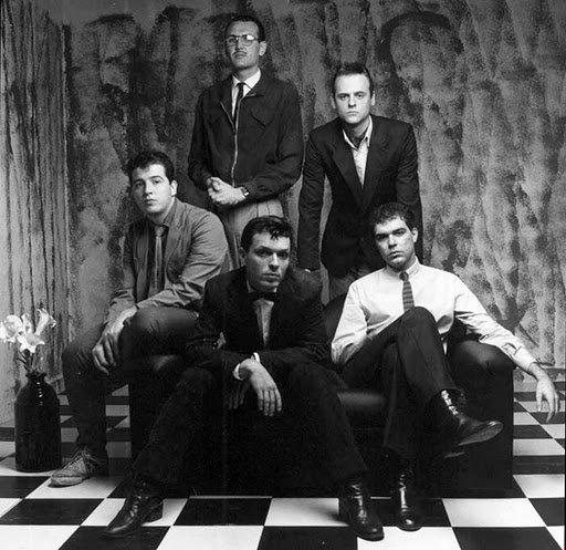 A partir da esquerda, Nasi, Miguel Barella, Gaspa, Thomas Pappon e Giuseppe Frippi, o Voluntários da Pátria nos anos 1980 em foto de J.R. Duran
